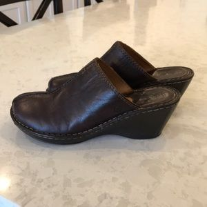 Genuine leather Born shoes